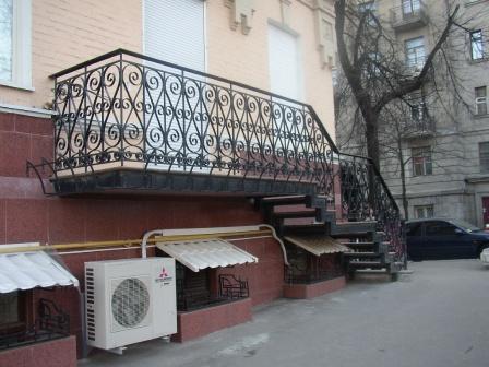 Балкон (Б-7)