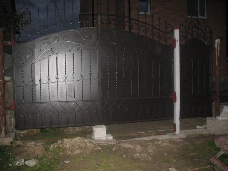 Ковані ворота (В-12)