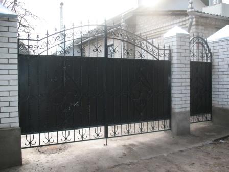 Ковані ворота (В-32)
