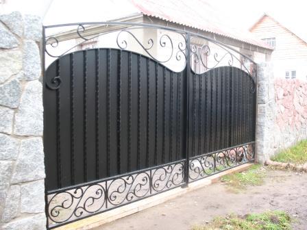 Ковані ворота (В-25)
