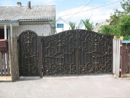 Ковані ворота (В-122)