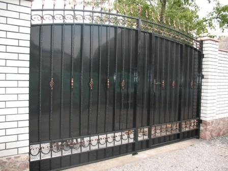 Ковані ворота (В-52)